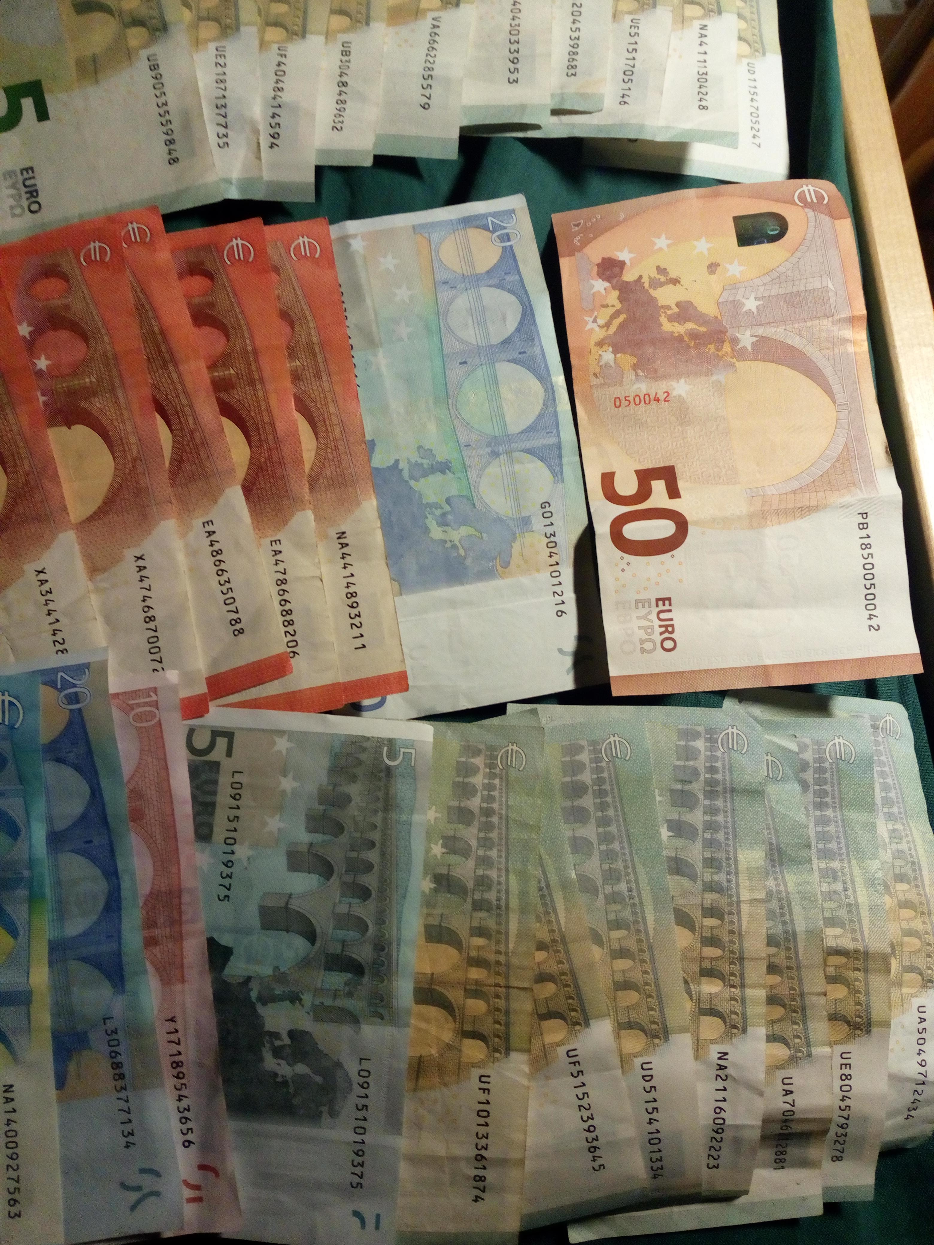 Euro banknote serial numbers – Numista